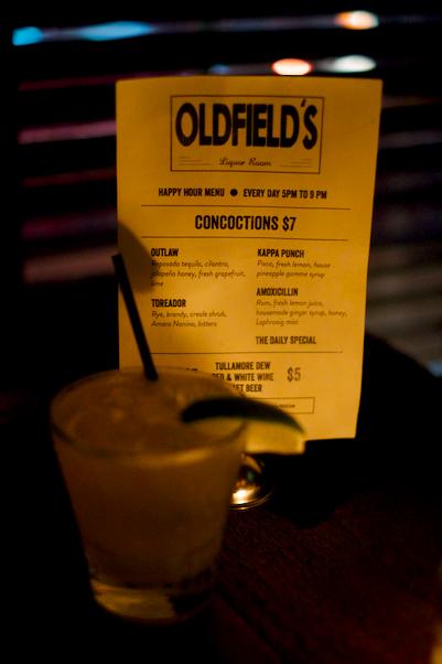 Love & Loathing LA: Oldfields Happy Hour