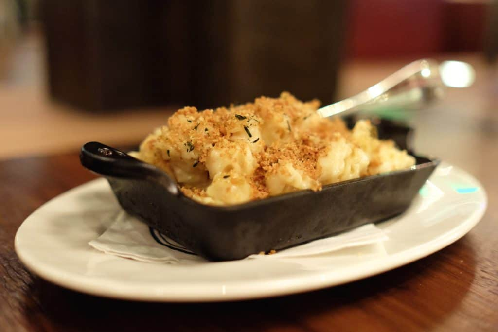 Del Frisco's Grille: Truffled Mac & Cheese - loveandloathingla.com