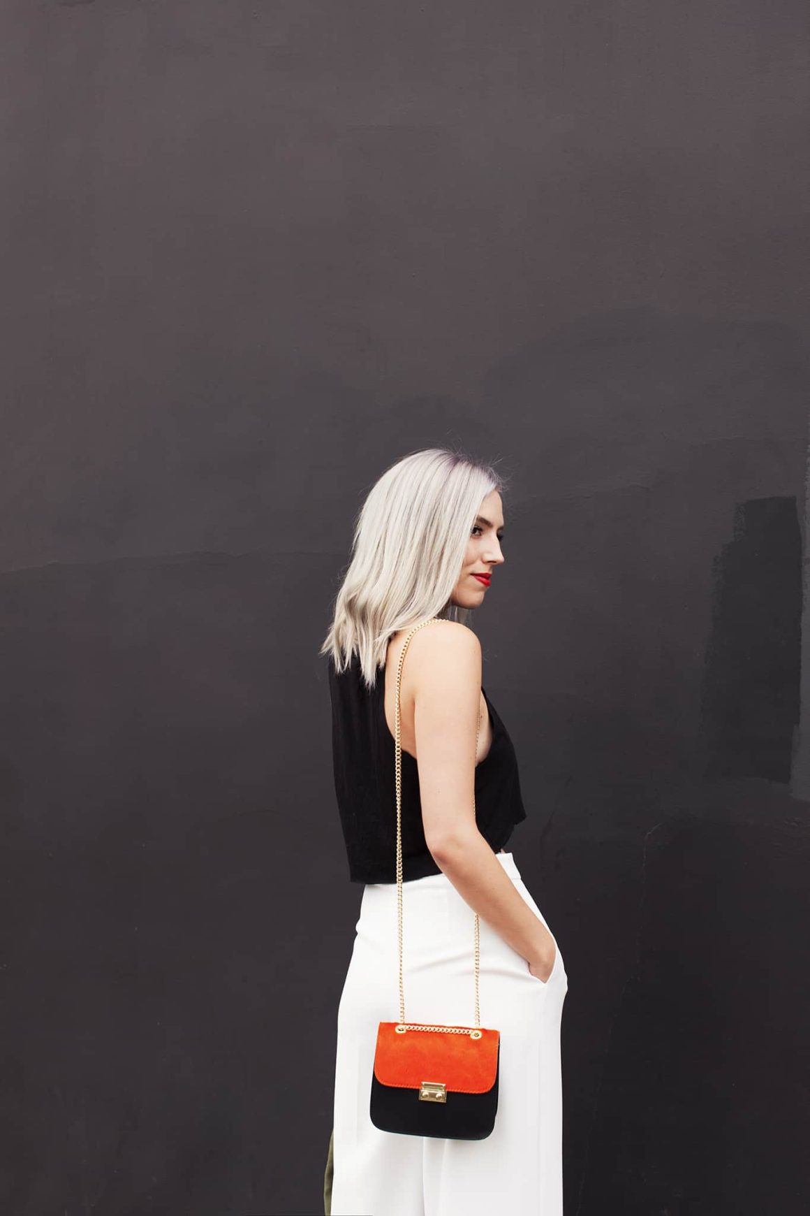 HOW TO WEAR WHITE PALAZZO PANTS… CASUALLY