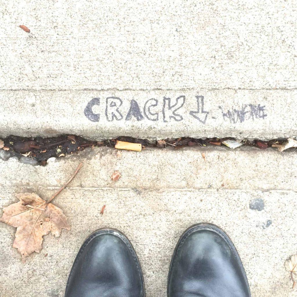 """crack"" Portland"