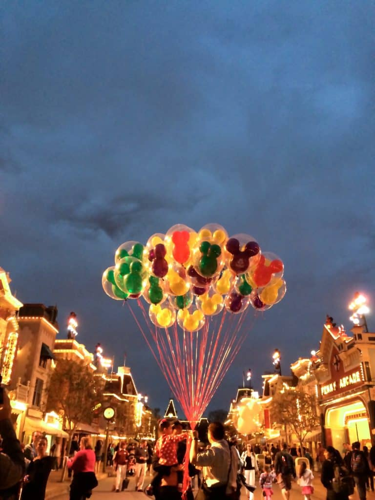 Tips and Tricks to Experience Disneyland like a pro