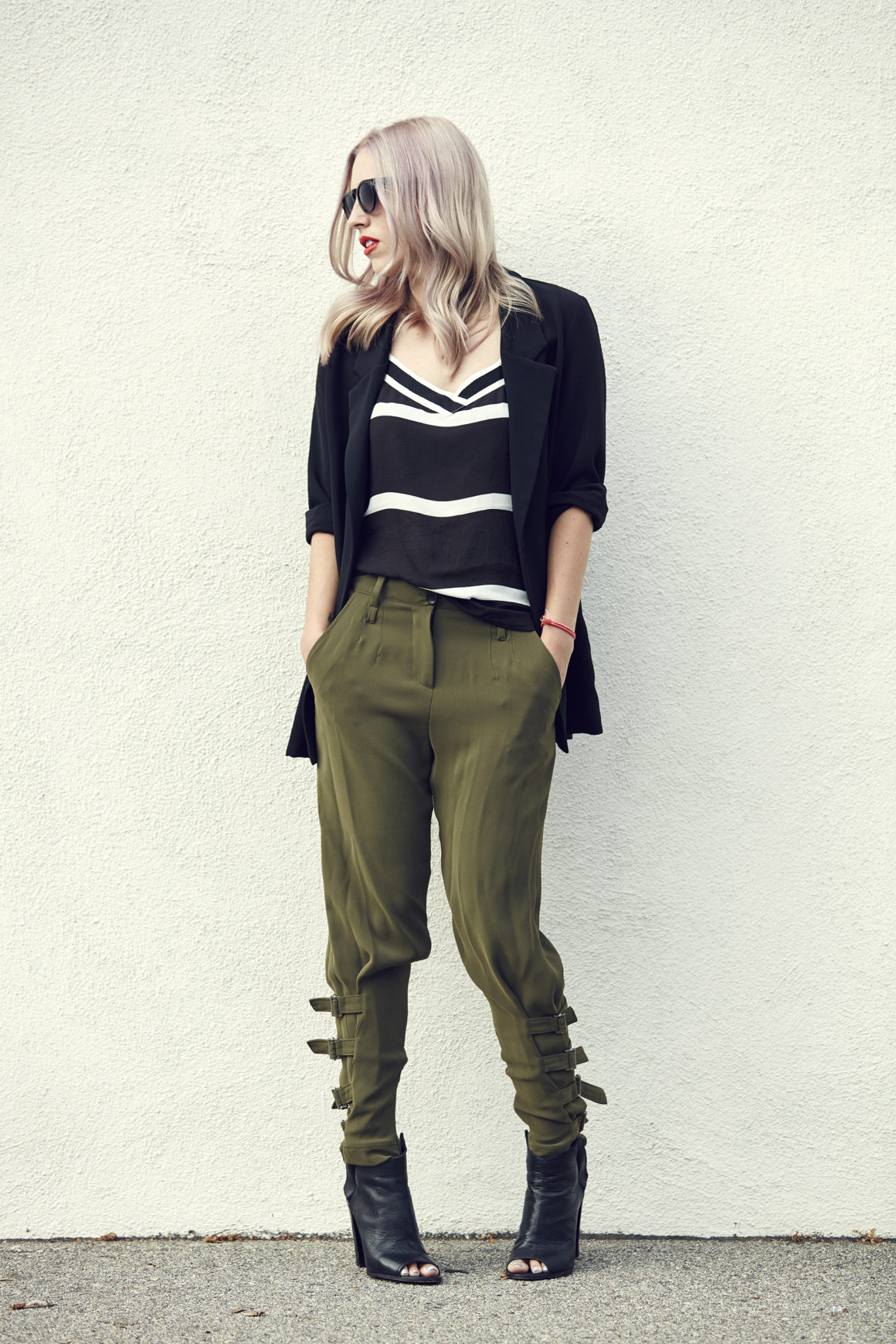 Low Rise // High Contrast   Late Summer Style
