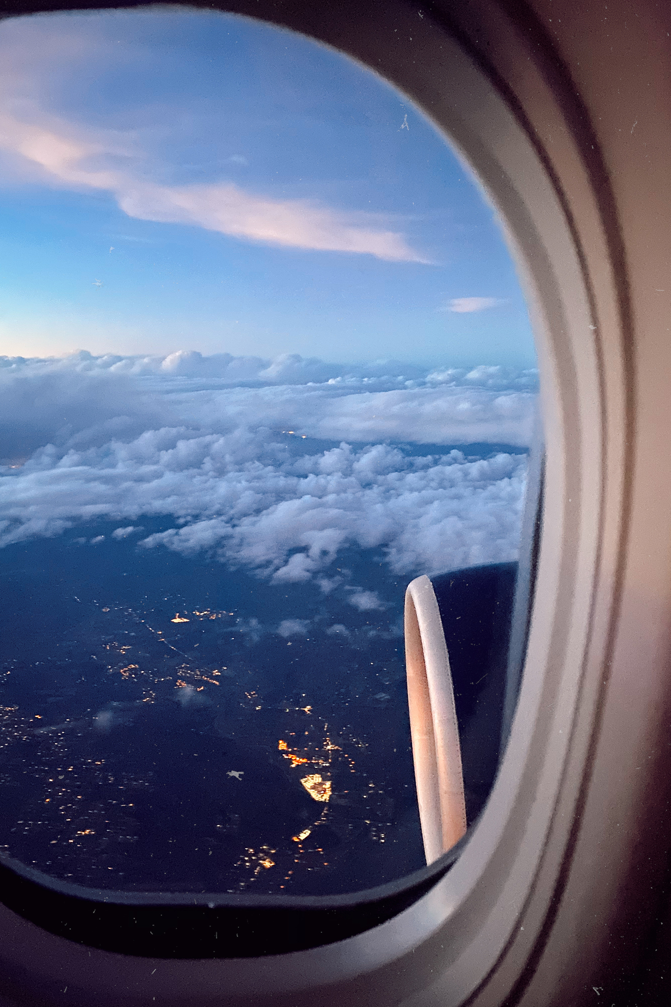 airplane window for LAX Airport Tips